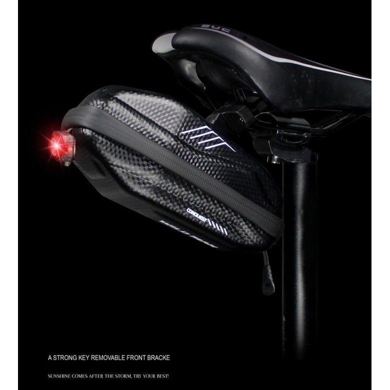 Vodootporna torba za bicikle WildMan HardPouch XS crna